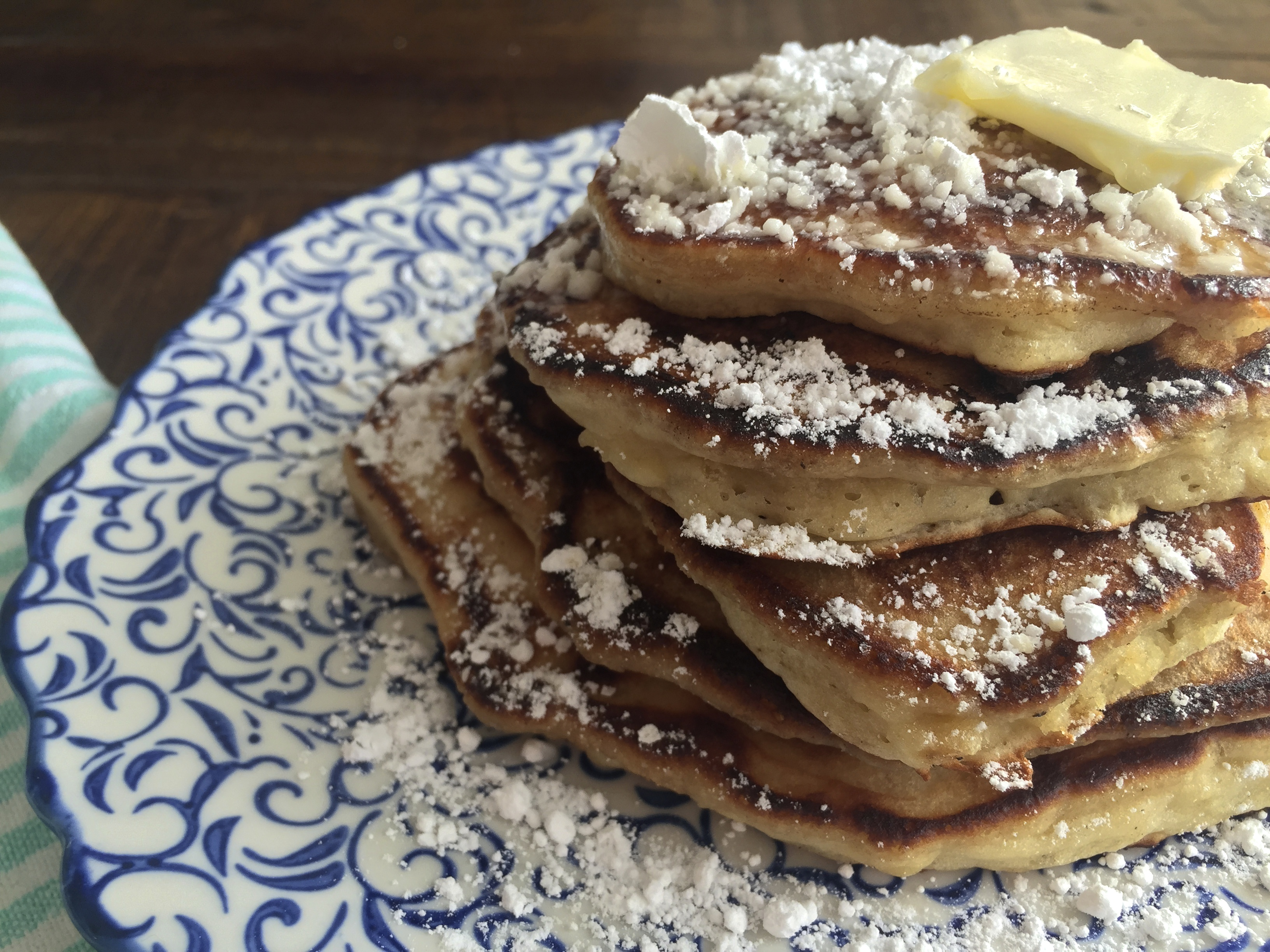 Banana & Brown Sugar Pancakes - Big City Tiny Kitchen